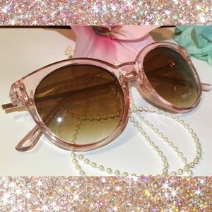 65173ee842f no brand Accessories - Large Round Cat Eye Transparent Pink Sunnies